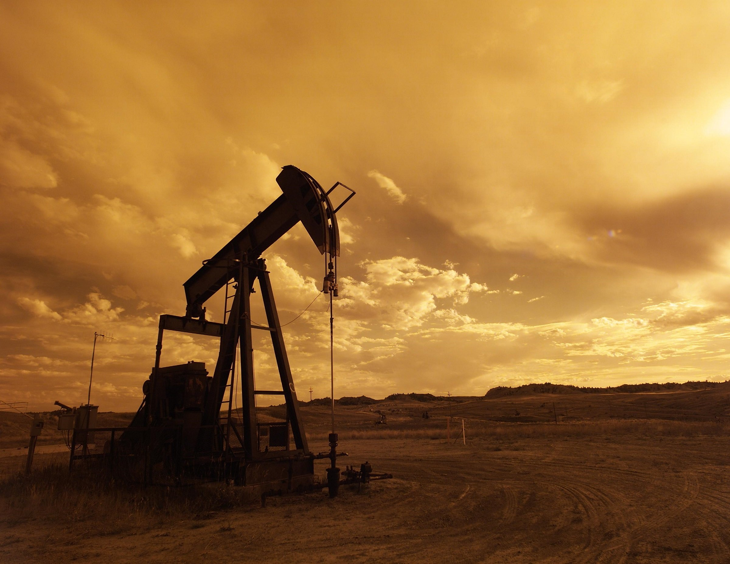 wti oil crash impact